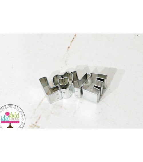 Decupator metalic Love 7,5 cm
